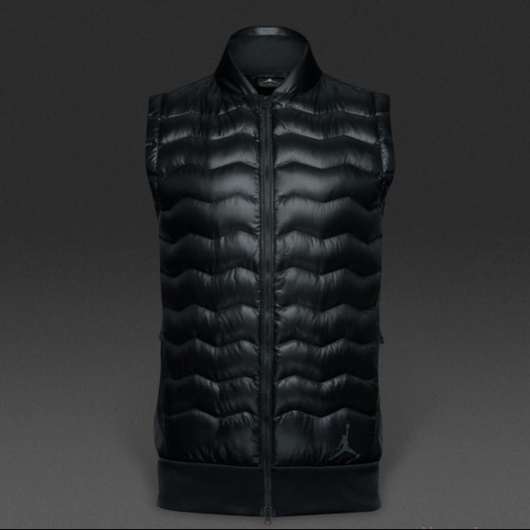 check out 1d8ff e496c Mens Nike Jordan down black puffer jacket vest. M 5a8a1d36a4c485a85c555714